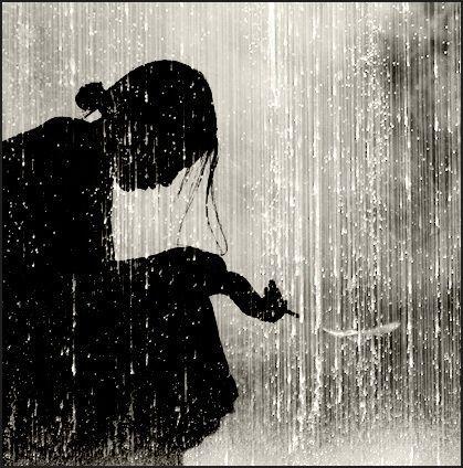 Puisi | Hujan, Perempuan dan Lelaki di Perantauan
