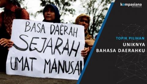 MERAYAKAN BULAN BAHASA DAN SASTRA INDONESIA DENGAN BAHASA DAERAH