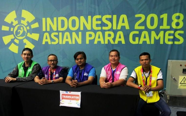 """Penerjemah Lisan di Asian Para Games 2018, """"The Unsung Hero"""""""