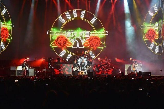 Suara Penolakan Konser Guns N' Roses di Stadion GBK