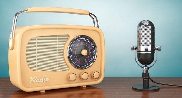 Kenikmatan Mendengarkan Siaran Radio