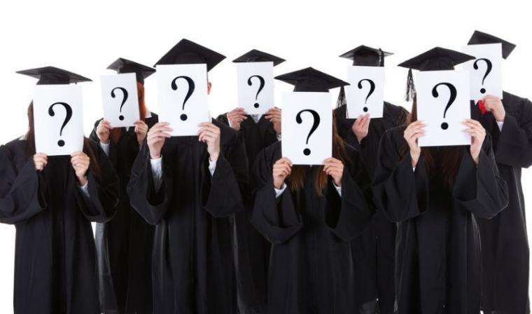 Bongkar Kebiasaan Lama Akar Masalah Mahasiswa yang Lama Kerja Skripsi dan Lulus