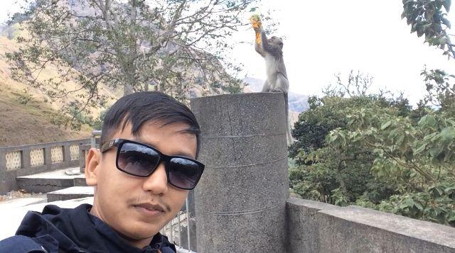 """Pengalaman Pertama """"Solo Traveling"""" ke Pusuk, Sensasi Panorama Tembok Raksasa Cina dan """"Selfiable Monkeys"""""""