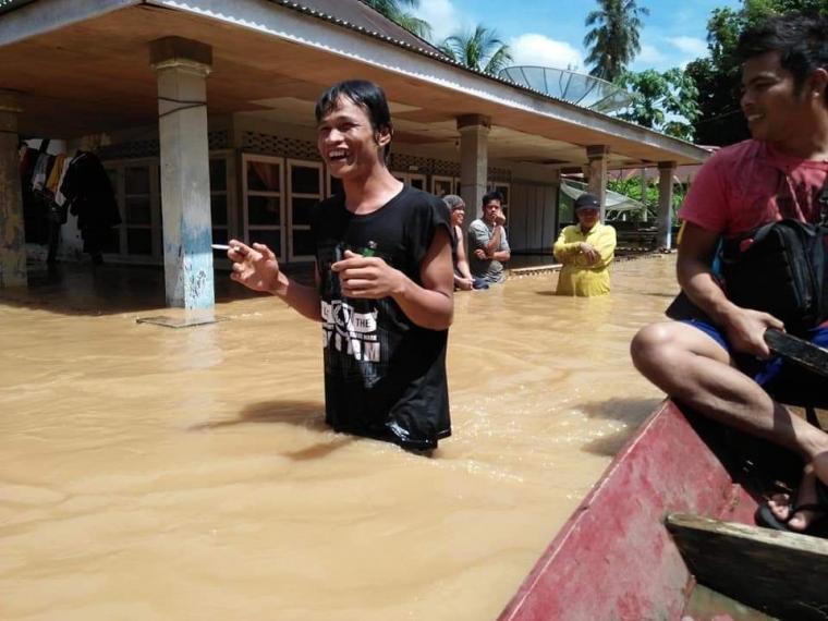 Musim Banjir, Musim Ngungsi