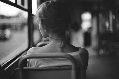 Puisi   Untuk Kekasihku yang Masih Terjebak Masa Lalunya