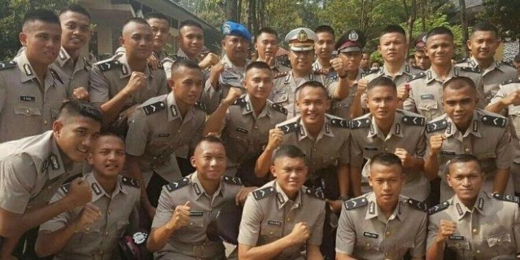 Keuntungan Jangka Panjang bagi Pemain yang Berstatus Polisi dan Tentara