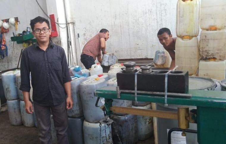 Cerita Sukses Seorang Mahasiswa Universitas Medan Berbisnis Minyak Jelantah