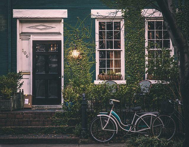 Puisi | Rumah yang Terjual