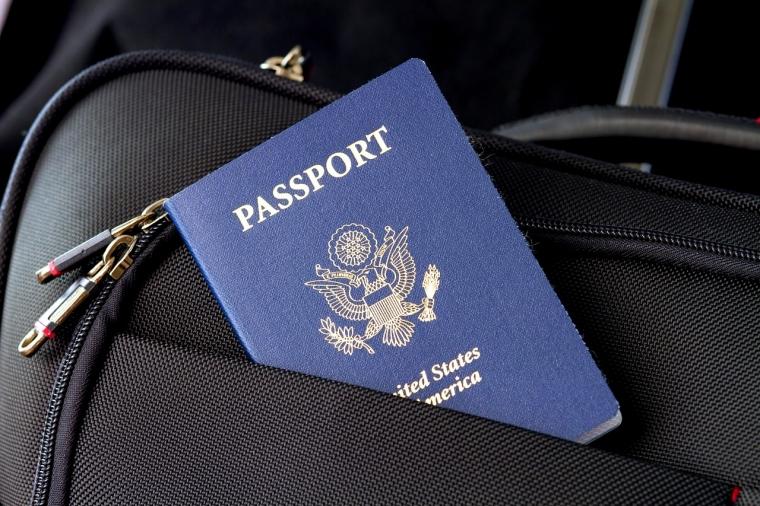 """Urus Paspor Lebih Mudah dengan Antre """"Online"""""""