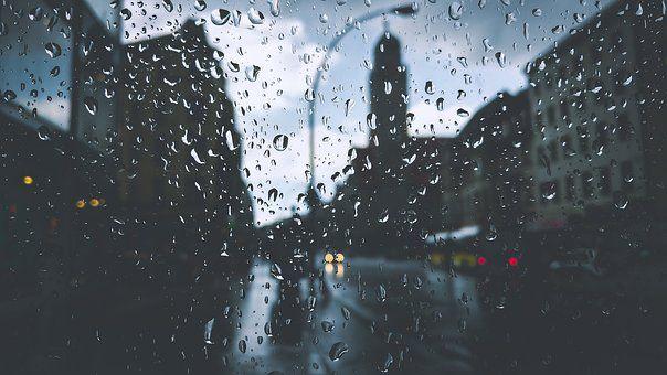 Puisi | Hujan di Kota