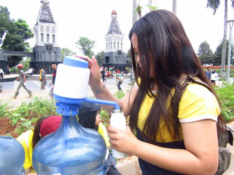 Ini Solusi Mudah Kurangi Sampah Botol Plastik yang Hemat dan Wajib Diikuti