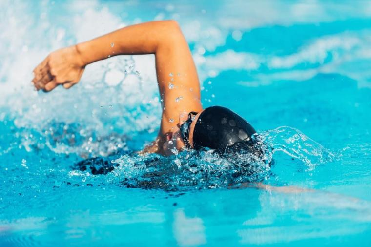 Apa yang Sebaiknya Dilakukan Sebelum Berenang?