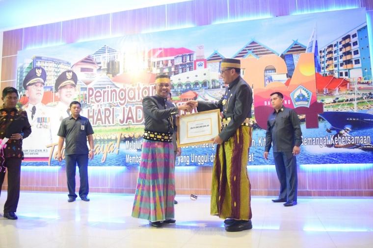 Hari Jadi Bantaeng ke-764, Bupati Terima Kado 26 Milyar dari Gubernur Sulsel