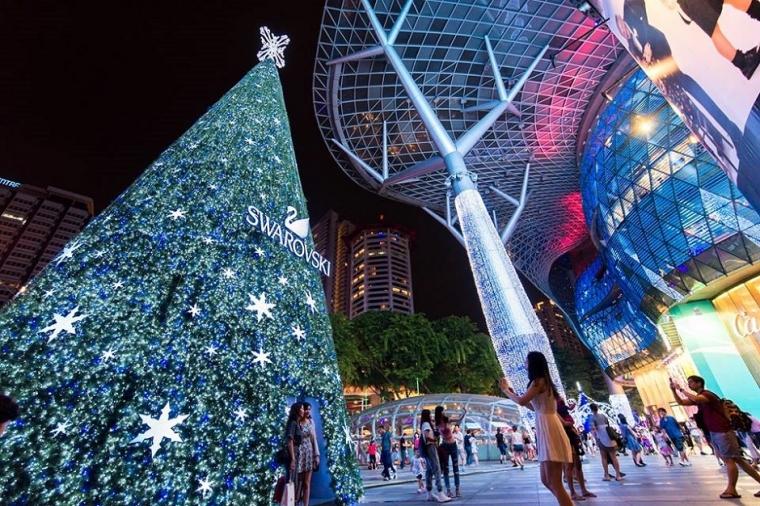 [Cerita Natal] Robohnya Pohon Natal Kami