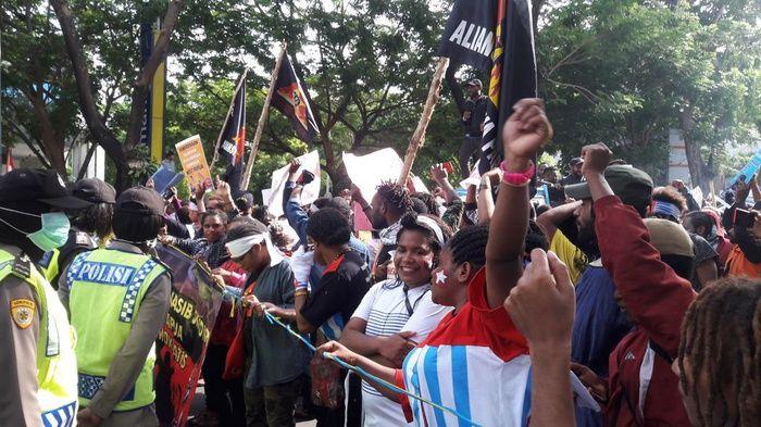 Pemberontak Papua dan Terorisme yang Didukung Negara