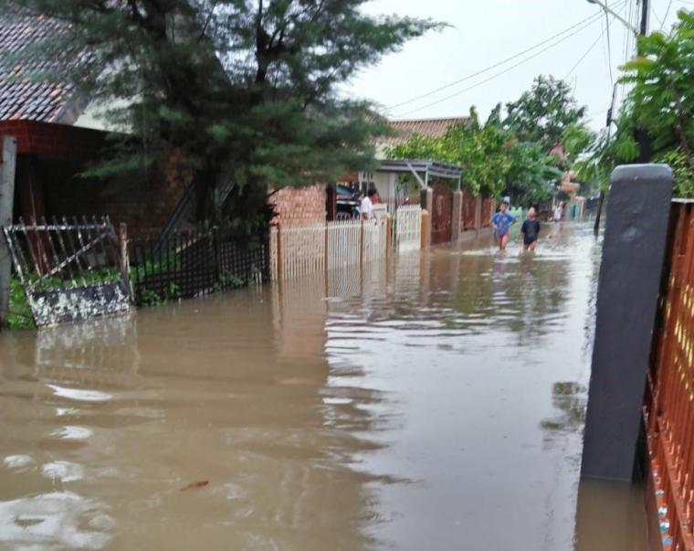 Pilih Mana: Banjir atau Genangan?
