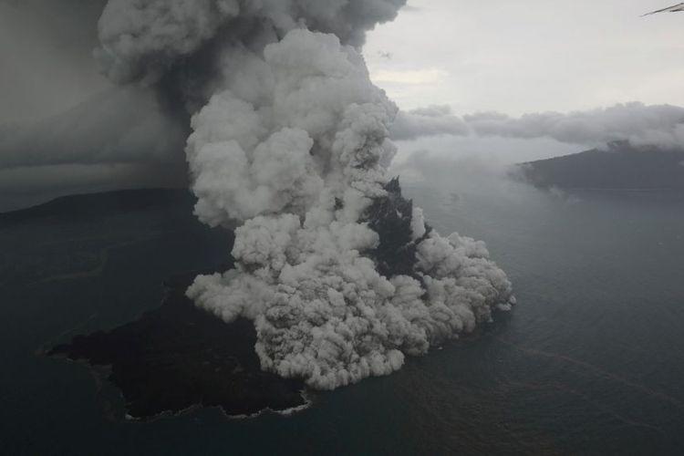 """Memantau """"Krakatau"""" Jelang Penutupan Perdagangan Saham 2018"""