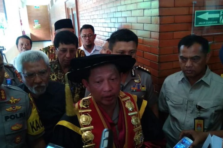 "Soal Teror ke Rumah Pimpinan KPK, Kapolri Bilang ""Ada Petunjuk Menarik"""