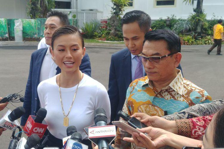 Agnes Monica, Jokowi, dan Suara Pemilih Muda