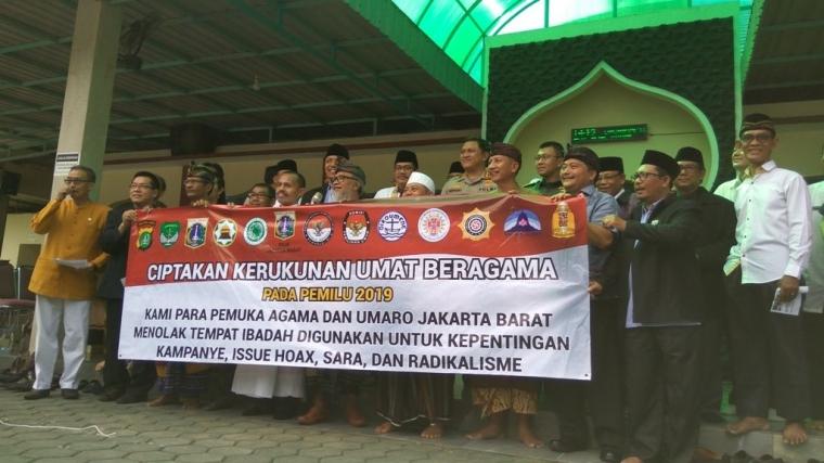 Ciptakan Kerukunan Umat Beragama, Seribu Spanduk untuk Rumah Ibadah di Jakarta Barat