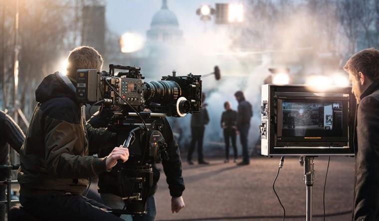 Sejarah Industri Perfilman Dunia Berawal dari Kota Paris