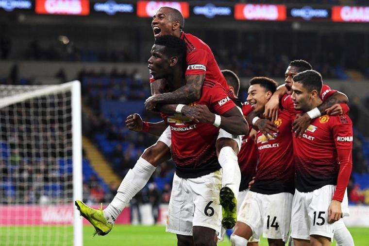 Manchester United Bertandang ke Wembley, Problem Solskjaer dan Harapan dari Pogba