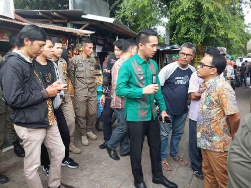 Camat Ujung Pandang Turun Langsung Relokasi PK5 ke 'Kanre. Rong Ri' Karebosi