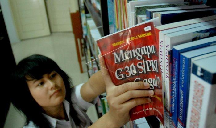 Razia Buku dan Ironi Gerakan Literasi
