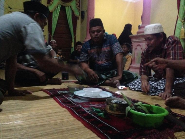 """Bagito,""Tradisi Masyarakat Melayu Petalangan"