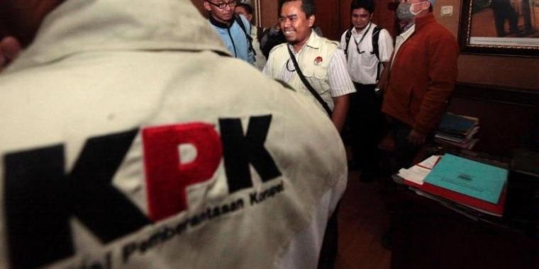 Catatan Teror KPK, Siapa Bisa Ungkap?