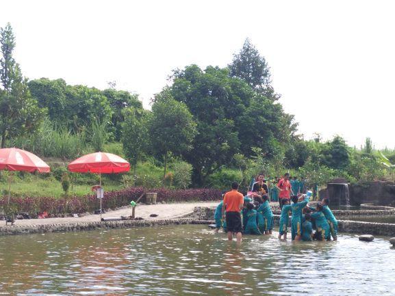 Serunya Bermain Sambil Belajar di Kediri Eco Park