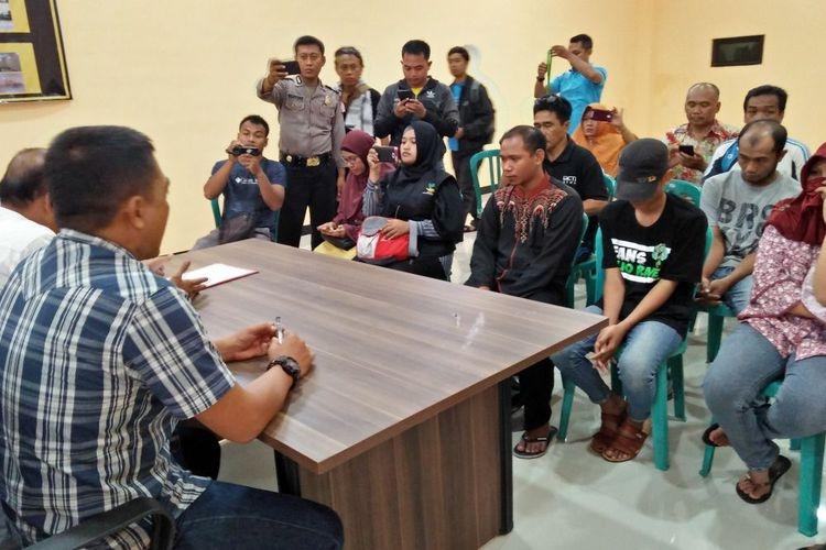 Nur Khalim dan Membangun Rasa Hormat kepada Guru