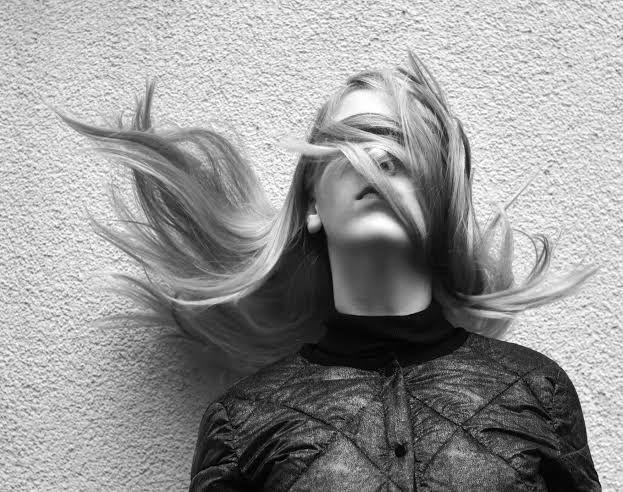 Puisi | Kau Bukanlah Aku