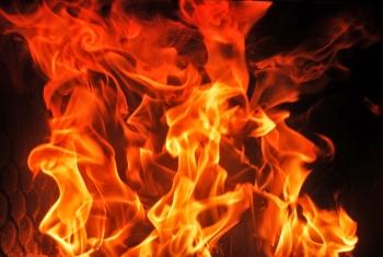 Download 520 Koleksi Background Foto Api HD Terbaik