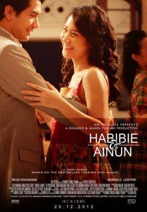 "Mengenal Arti Kesetiaan, Ketulusan, dan Cinta Tanah Air di Film ""Habibie Ainun"""