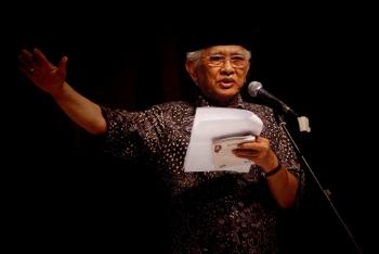 Puisi Dan Politik Ketika Felix Siauw Mengaku Terinspirasi