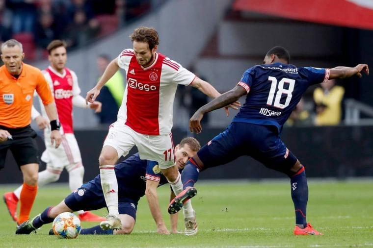 Duel Dua Penguasa Eredivisie Dimenangi Ajax Amsterdam