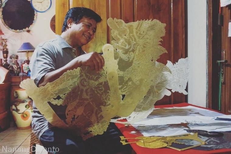 Isyanto, Perajin Wayang Kulit Langka di Indonesia