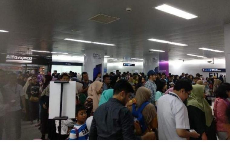 Uji Coba MRT Tak Tuntas, Penumpang Kecewa