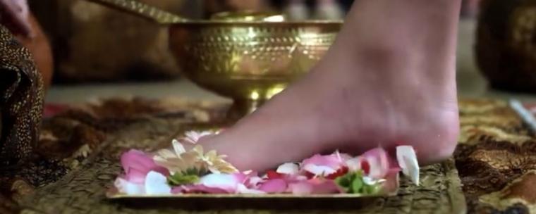 "Mengenal Adat Pernikahan Jawa Melalui Film ""Mantan Manten"""