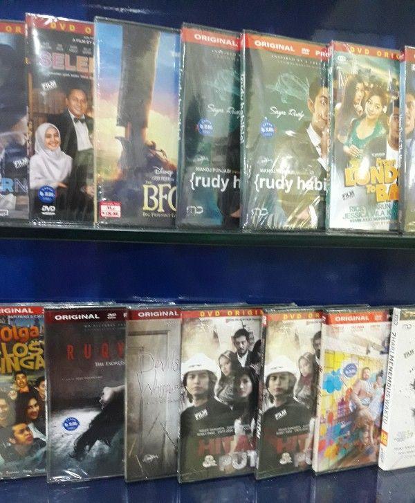Harika Music yang Bertahan Berjualan DVD dan CD Ori