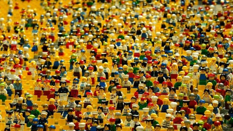 Saat Mengumpulkan Ribuan Orang, Mengapa Tak Ada Daftar Hadir?