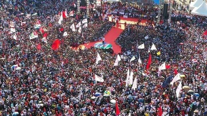 Jokowi ke Kupang karena Rasa Cinta