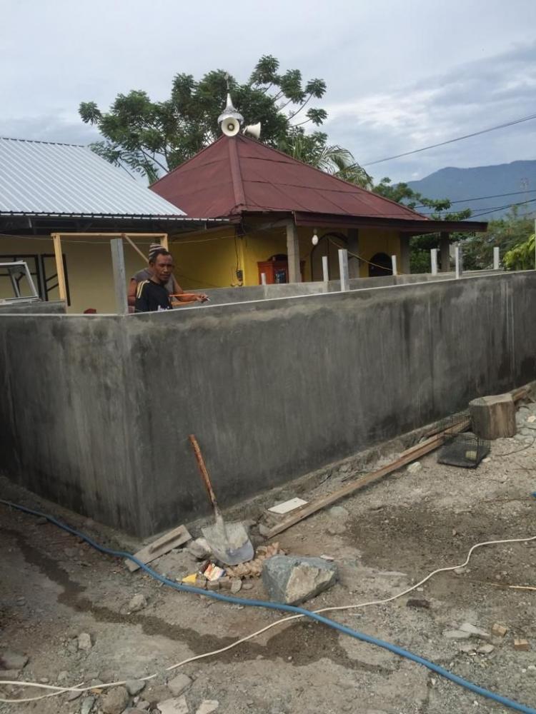 Club Fortuner Indonesia Dirikan Mushola di Palu