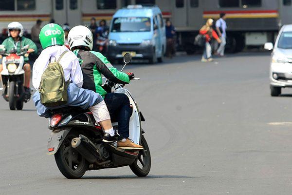 Membatalkan Pesanan Grab Karena Driver Kurang tampan