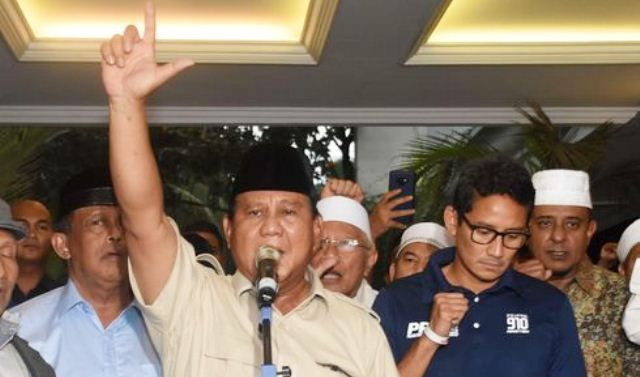 Teka-teki Sandi, Tinggalkan Prabowo dan Gabung ke PAN?