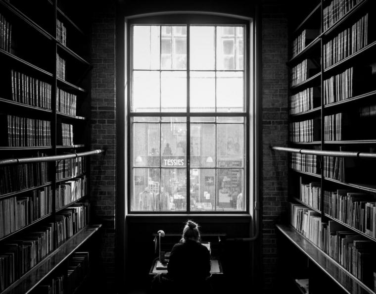Cerita di Balik Puisi Harian Mading