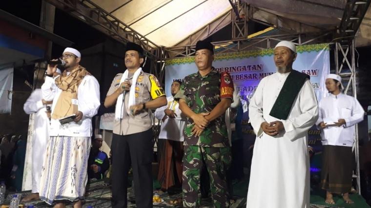 Jalin Ukhuwah Islamiah dengan Masyarakat, Kapolsek Cengkareng Hadiri Peringatan Isra Mi'raj