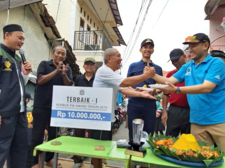 Juara 1 Rembuk RW Award 2019, LMK RW.08 Jatipulo Gelar Festival Jalan Z dan Tasyakuran