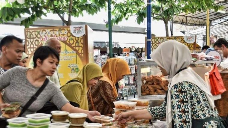 Fokus Berpuasa Ramadan, Fokus Mengurangi Plastik!
